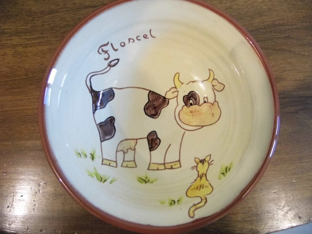 Assiette personnalisé avec animaux vache et chat Floscel
