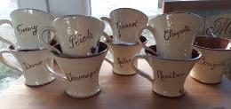 commande de 8 mugs personnalisés prénoms