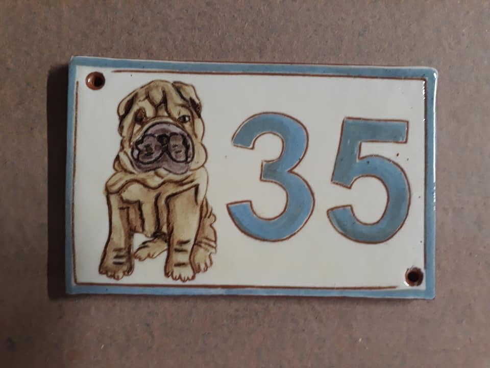 numero de maion personnalise chien
