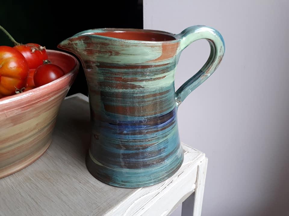 pichet poterie miss terre et boule de terre